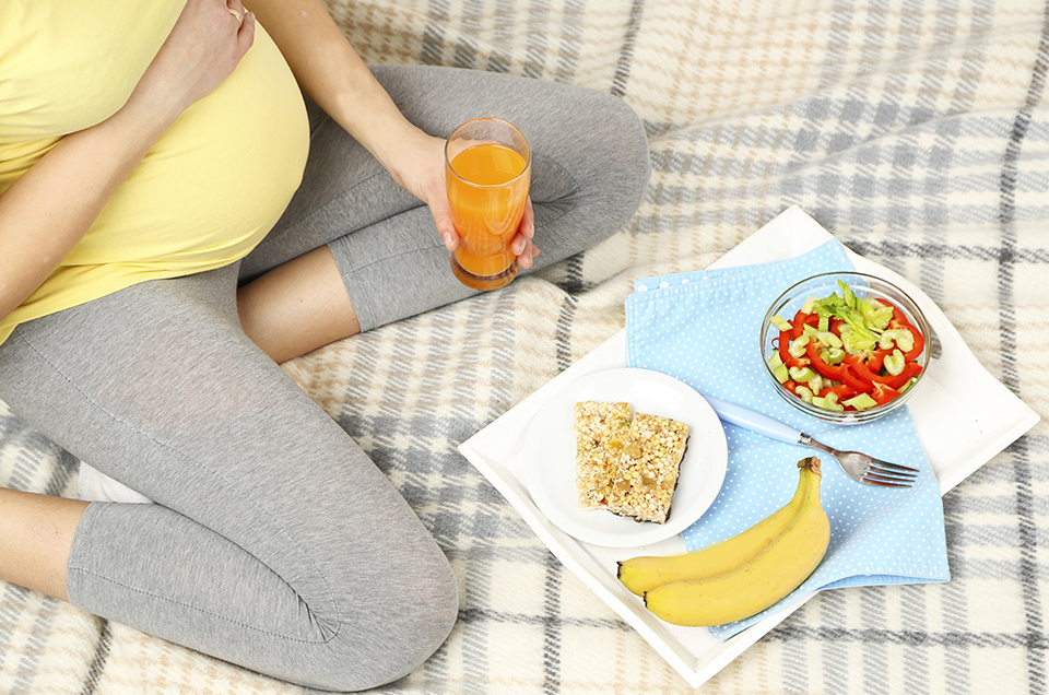 Ayurvedic Daily Routine to Follow During Pregnancy
