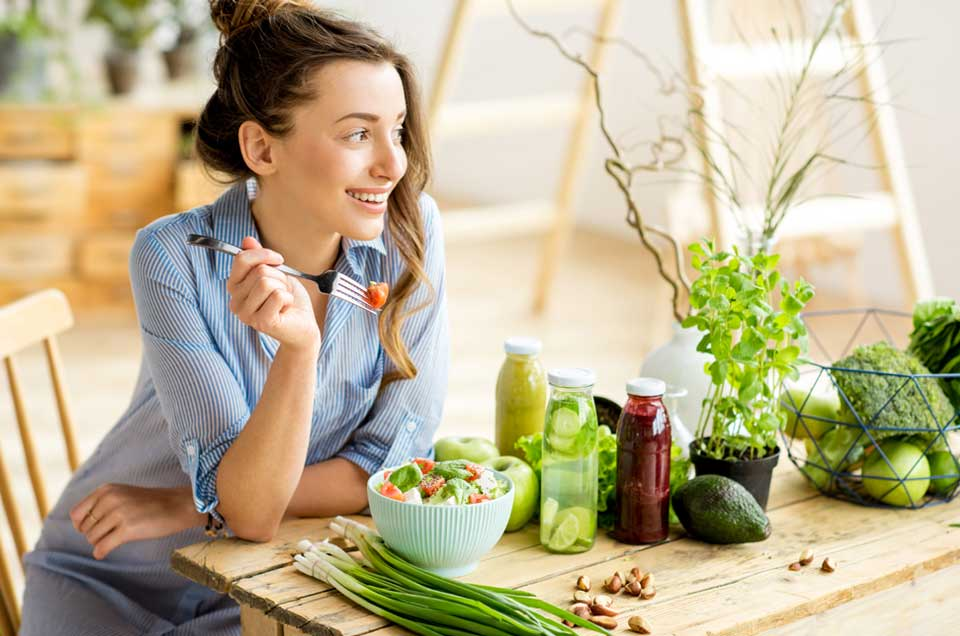 9 Ayurvedic Rules to Keep in Mind When You Are Eating