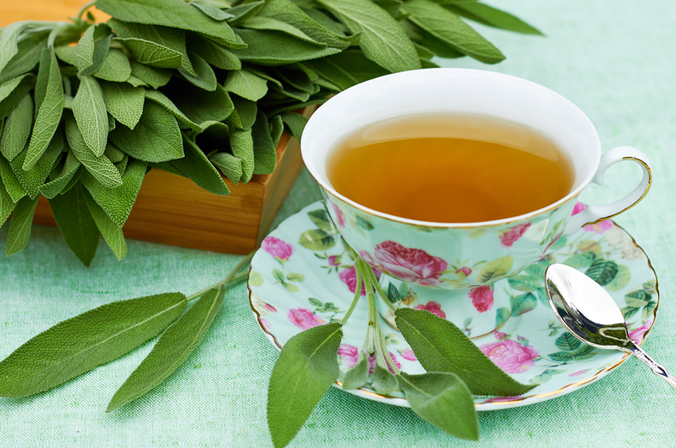 10-Minute Ayurvedic Tips to Re-energise Your Mind & Body