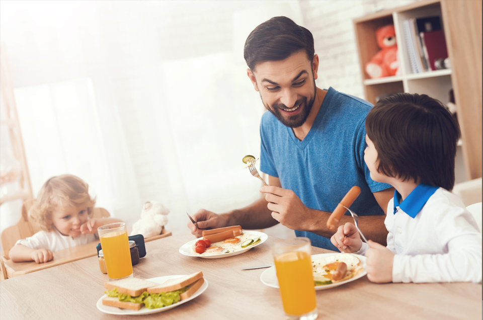4 Tips on Engaging Meaningfully With Your Child & Strengthening Your Relationship
