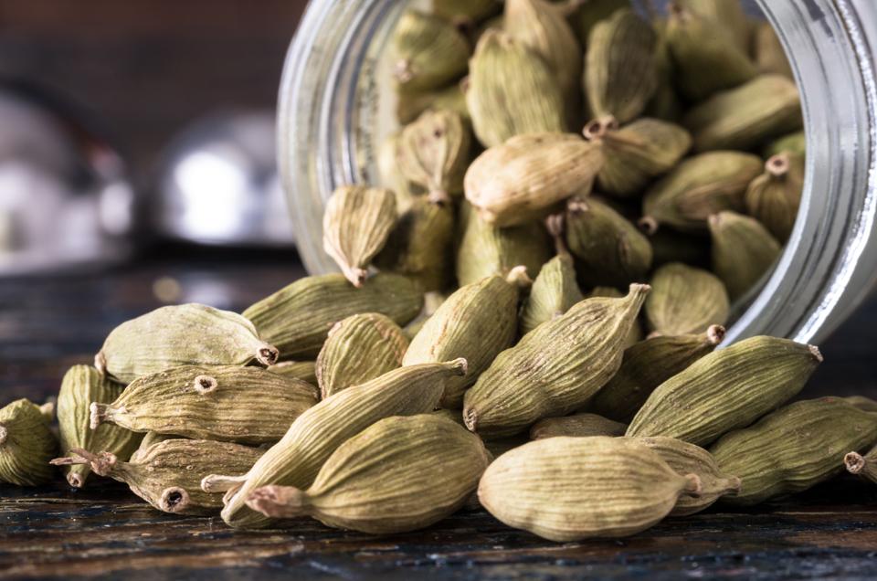 Ayurvedic home remedies for bad breath