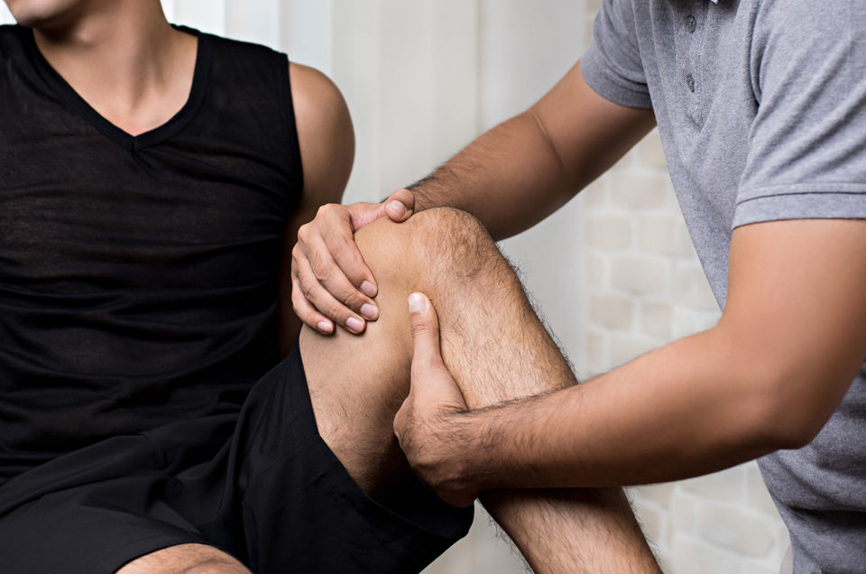 5 Easy Ayurvedic Tips to Control Joint Pain