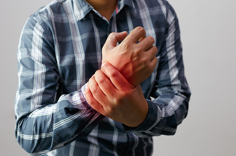 Manage joint pain with Ayurveda