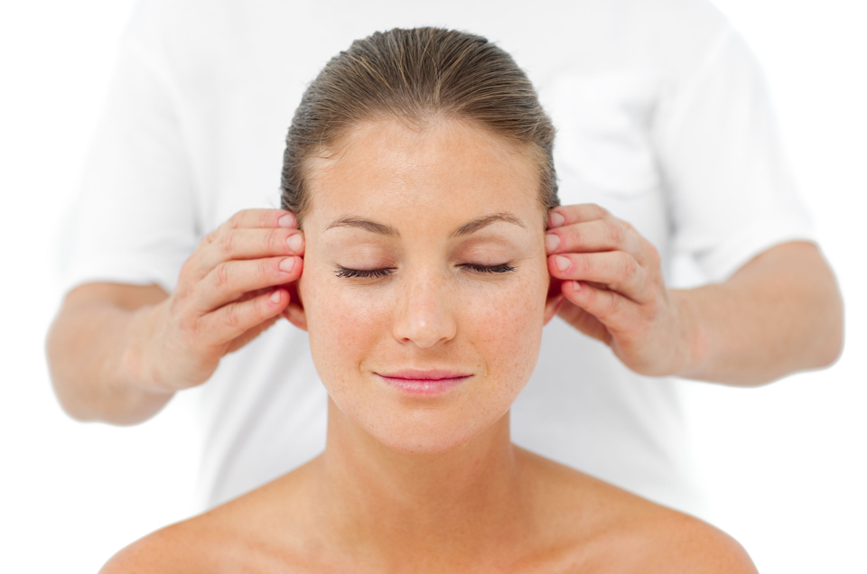 Keep your ears healthy with Karnapurana Therapy