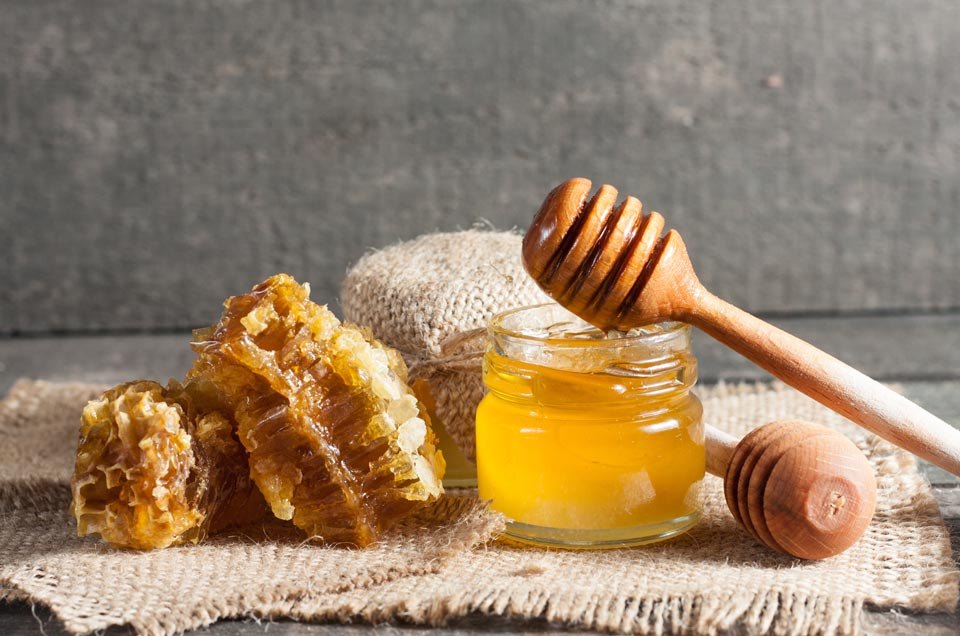 The Multi-faceted Use of Honey - Nature?s Golden Nectar