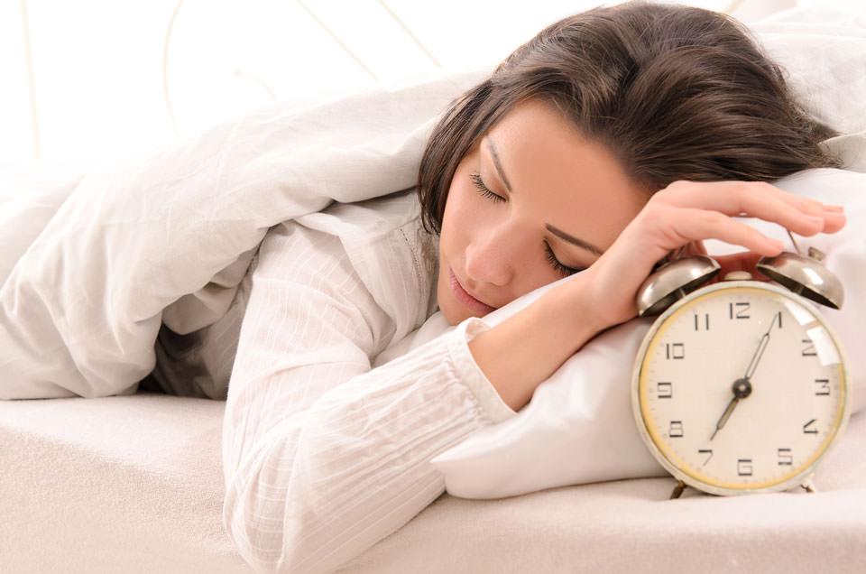 उठो, जागो और हर दिन गजब के दिखो- शरीर की रक्षा प्रणाली को ऊर्जावान बनाने के उपाय