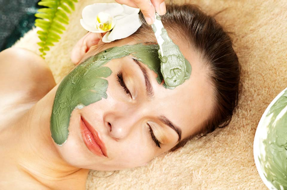 Ayurvedic Face Masks ? Winter Care Tips For Dry Skin